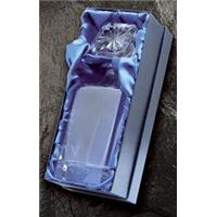 Satin lined box for DE1 decanter