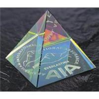 Optical Crystal 40mm pyramid with spectral finish